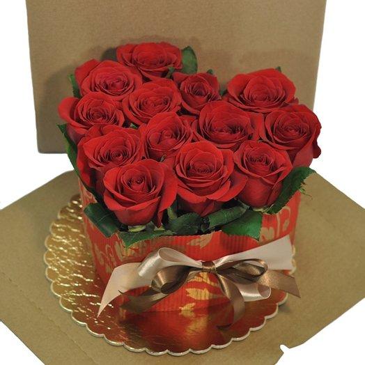 Торт - красное сердце: букеты цветов на заказ Flowwow