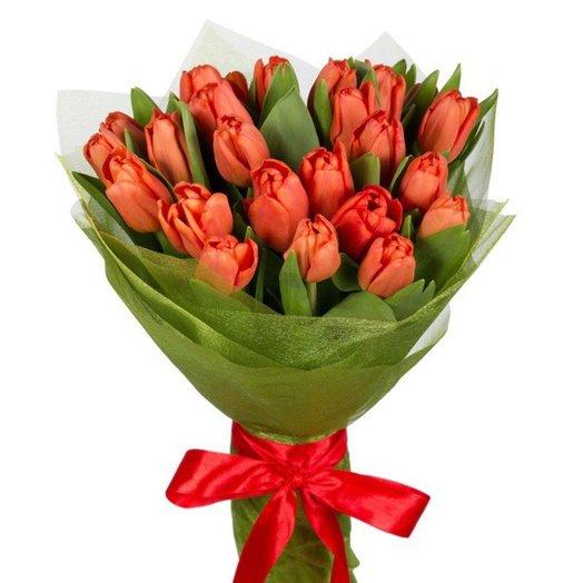 35 тюльпанов красного цвета: букеты цветов на заказ Flowwow
