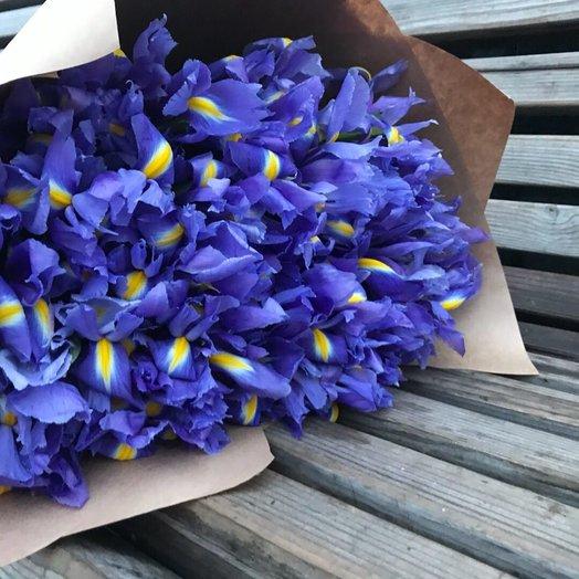 51 яркий букет ирисов: букеты цветов на заказ Flowwow