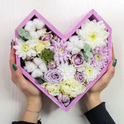 8 марта: букеты цветов на заказ Flowwow