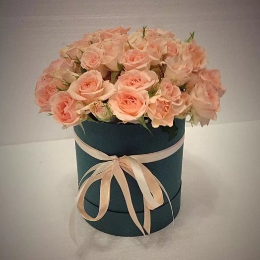 "Коробка с кустовыми розами 15шт ""Адажио"""