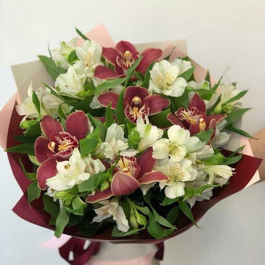 Букет «День-Ночь»: букеты цветов на заказ Flowwow