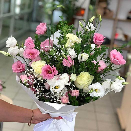 """Нежный букет """"Цветочный рай"""" с розами"""