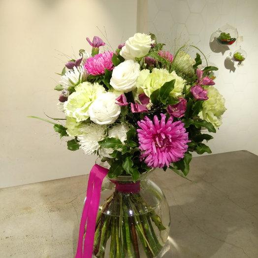 Анемоны и гвоздики: букеты цветов на заказ Flowwow