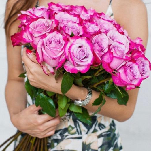Букет из 25 роз Эквадор Дип Перпл: букеты цветов на заказ Flowwow