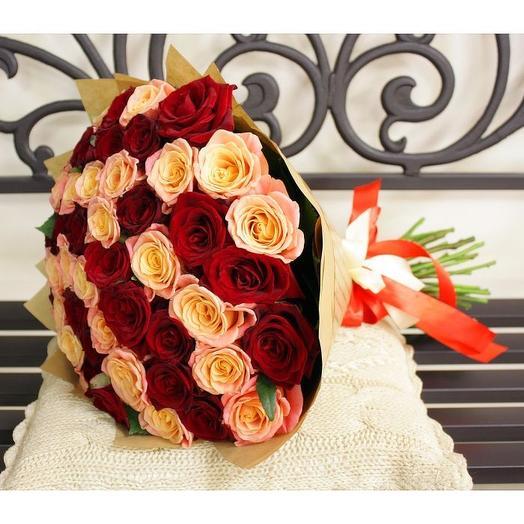 51 бордово-кремовая роза в фетре