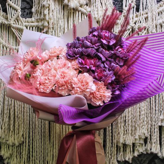 Дела гвоздичные: букеты цветов на заказ Flowwow