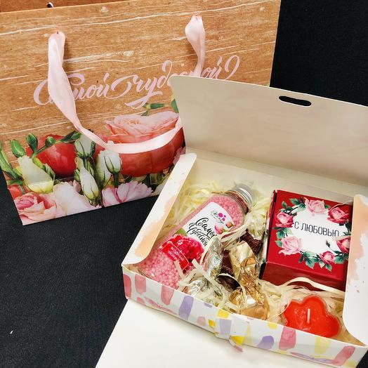«Подарочек!»: букеты цветов на заказ Flowwow
