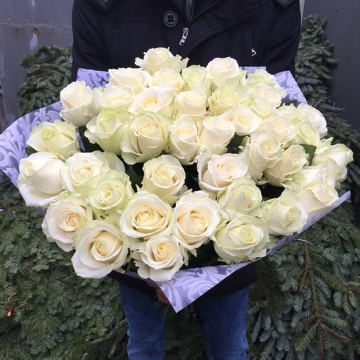 Букет из белых роз сорт «Аваланж»: букеты цветов на заказ Flowwow