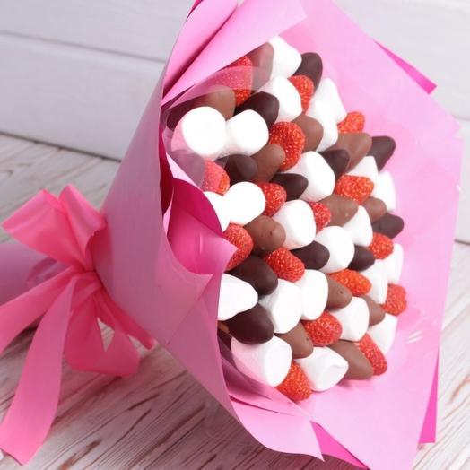 Клубничный с маршмеллоу: букеты цветов на заказ Flowwow