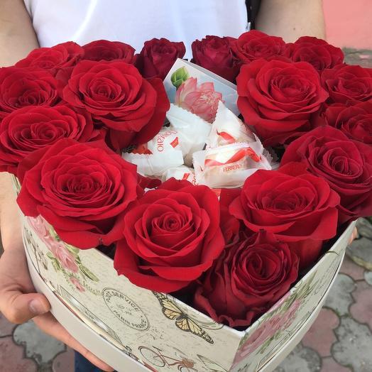Набор «Рафаэлло с розами»: букеты цветов на заказ Flowwow