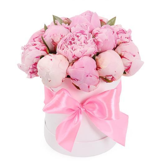 15 комплиментов в шляпной коробке: букеты цветов на заказ Flowwow