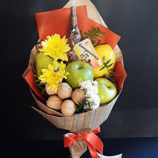 Фруктовый букет «микс к школе»: букеты цветов на заказ Flowwow