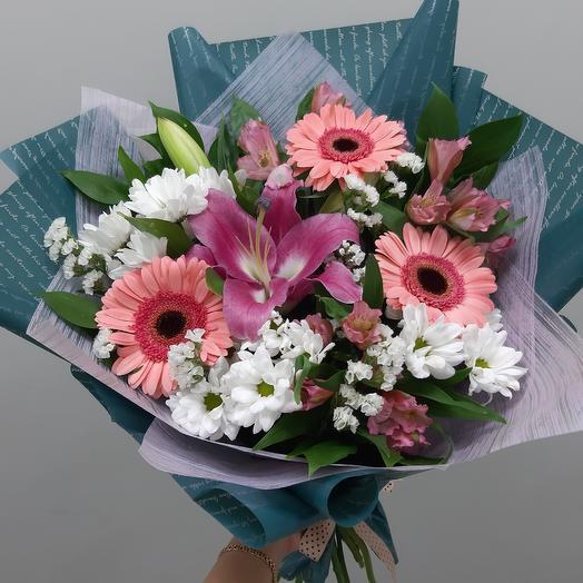 Милый торжественный букет: букеты цветов на заказ Flowwow