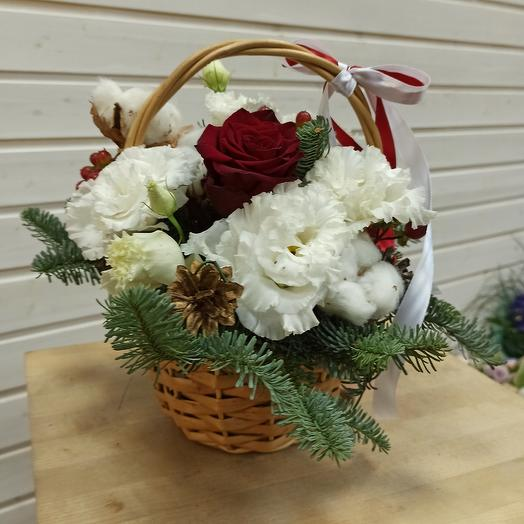 Зимняя корзинка: букеты цветов на заказ Flowwow
