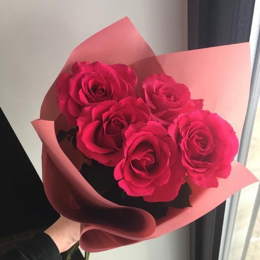 Яркая роза: букеты цветов на заказ Flowwow
