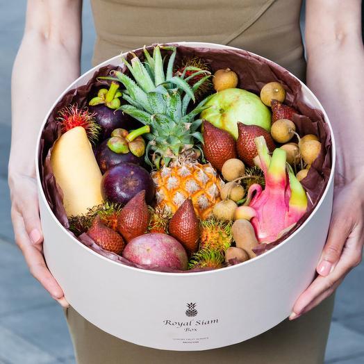 Шляпная коробка с фруктами Royal Grand