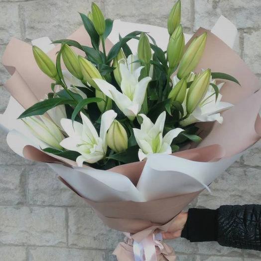 Букет из свежей лилии Голландия  «Милая Лили»