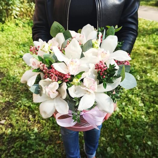 """Цветы в коробке """"Восточная Сладость"""""""