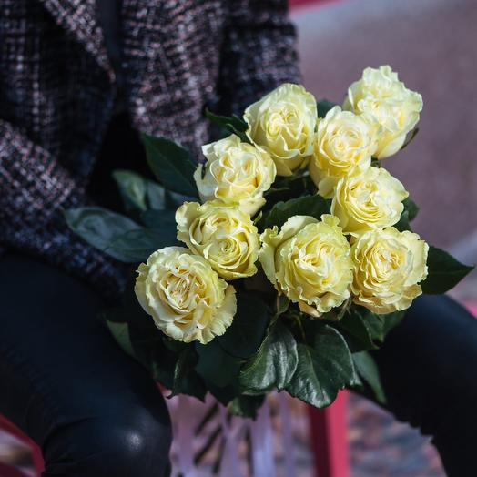 Букет из девяти Эквадорских роз Мондиаль