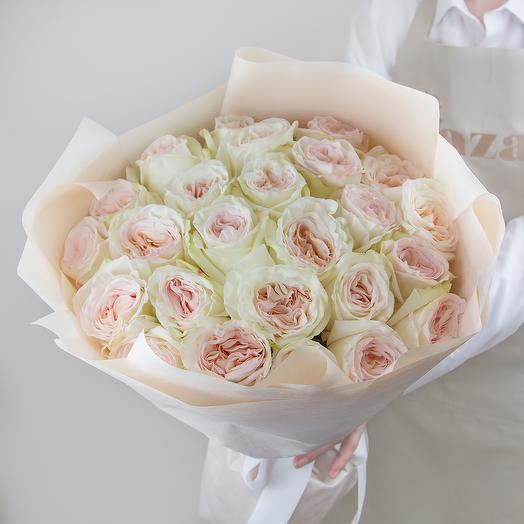 25 роз White O Hara