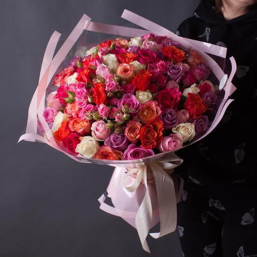 """Букет из разноцветных роз """"Кадриль"""""""