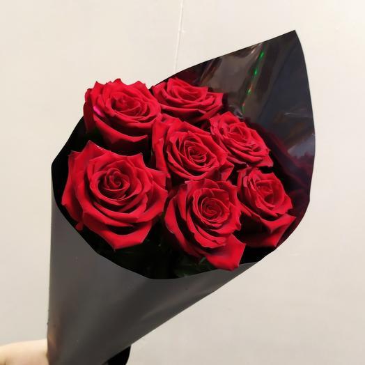 Шикарная Эквадорская Роза ( 7 шт )