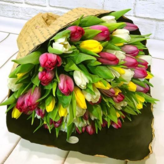 Букет из 101 тюльпана микс фаир