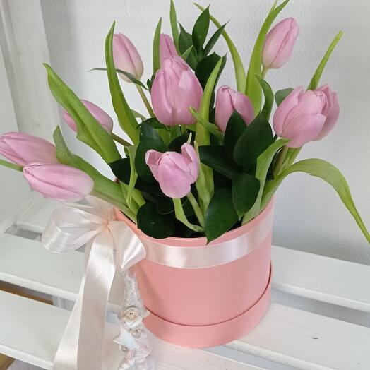 """""""Весенняя нежность""""с тюльпанами"""