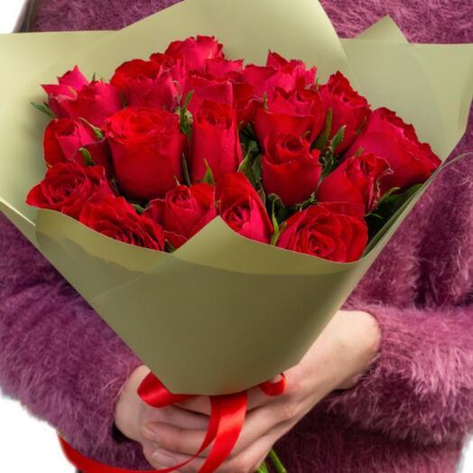 25 роз Кения 40 см