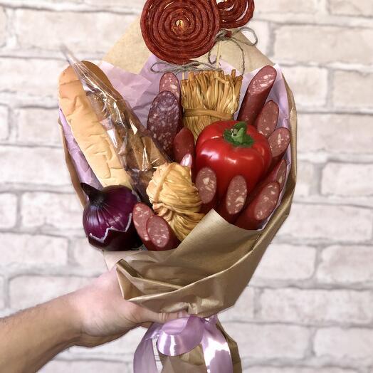 Колбасный букет с сухариками
