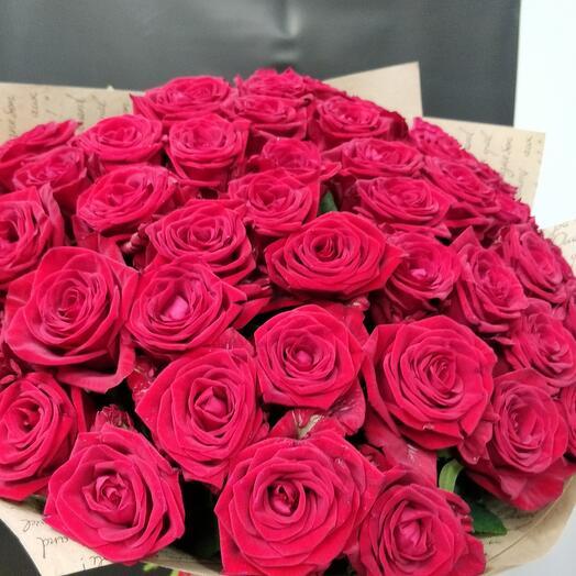 Букет бархатный розы