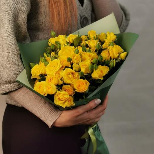 Букет Лимончелло 11 из желтых кустовых роз