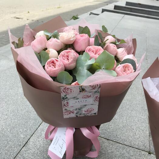 Букет из пионовидной розы МэнсфилдПарк