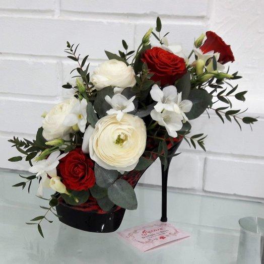 Туфелька: букеты цветов на заказ Flowwow