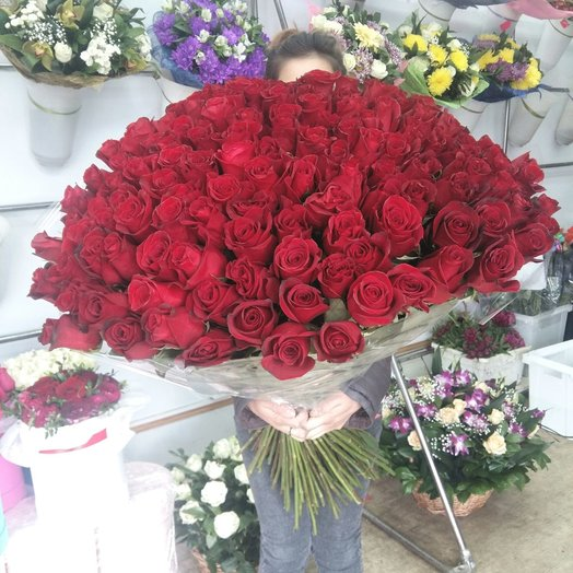 131 эквадорская роза: букеты цветов на заказ Flowwow