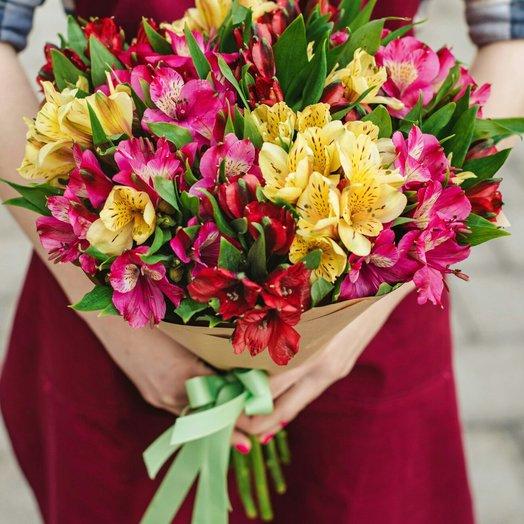 Букет из 17 разноцветных альстромерий: букеты цветов на заказ Flowwow