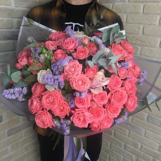 Сборный букет с эквадорской розой и статицой