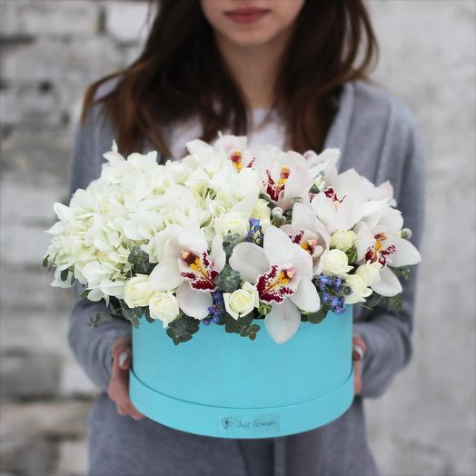 Бокс 12: букеты цветов на заказ Flowwow