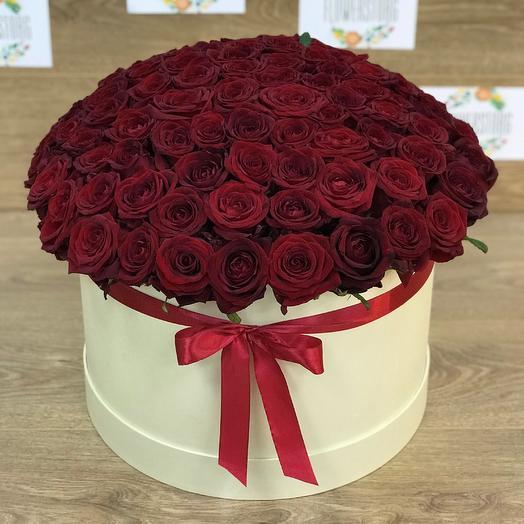 Коробка XXL из 101 красной розы. N83: букеты цветов на заказ Flowwow