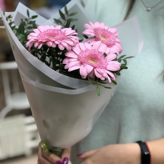 Нежные Герберы: букеты цветов на заказ Flowwow