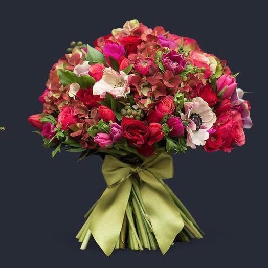 Императрица Екатерина: букеты цветов на заказ Flowwow