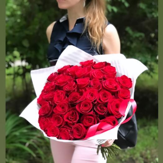 35роз- страстный букет: букеты цветов на заказ Flowwow