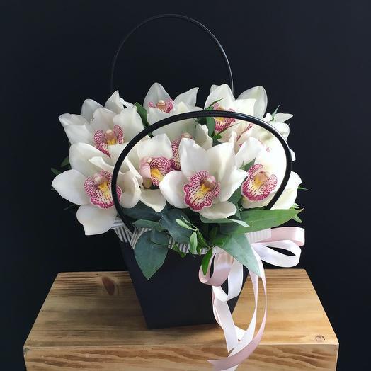 Милые орхидеи: букеты цветов на заказ Flowwow