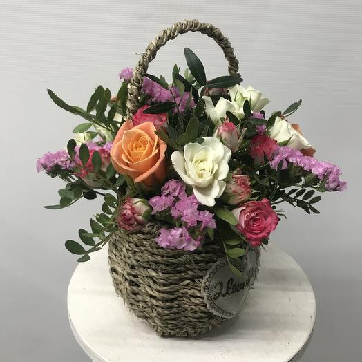 Цветочная корзиночка «Волшебный сад»: букеты цветов на заказ Flowwow