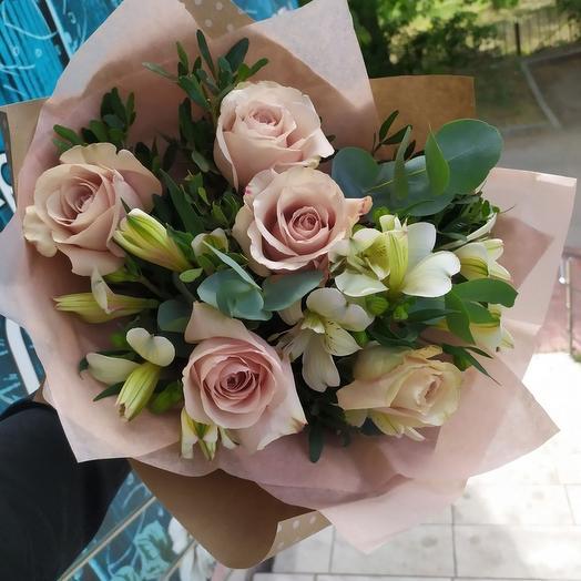 "Букет ""Романтика"" со светлыми розами"