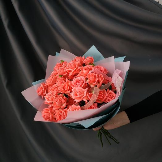 """Букет""""15 кустовых коралловых роз"""""""