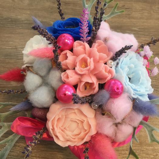 Цветы из мыла с сухоцветами
