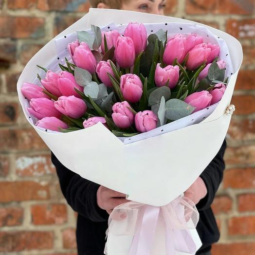 Букет из розовых пионовидных тюльпанов