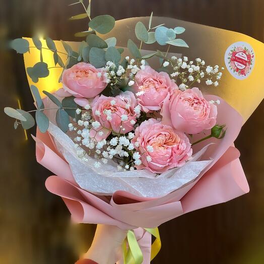 Пионовидная Роза с эвкалиптом